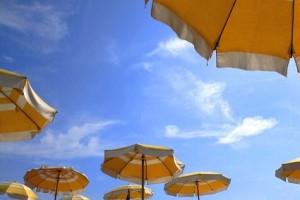 Sonnencreme ist im Urlaub unverzichtbar